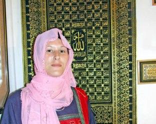 يهودية تعتنق الإسلام وتتطلع للحج والعمرة