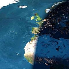 آية اختلاف الليل والنهار في ضوء علوم الفضاء