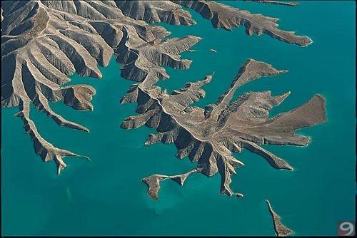 عشرات السدود تُبني في منابع الفرات الجبلية الآن فهل سَيُحسر الفرات عن جبل من ذهب؟