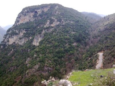 وإذا الجبال سيرت - فيلم فيدو لإنهيار جبل في إيطاليا