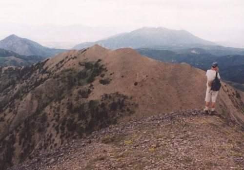 جبل نيبو (الكثيب الأحمر)